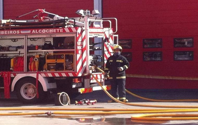 Instrução Interna - Manobras de combate a incêndios 2015
